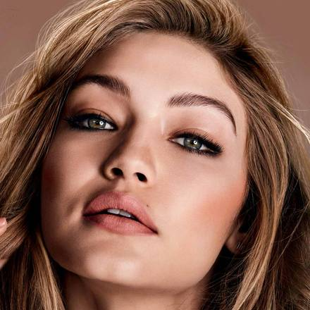 Color Sensational Matte Nudes worn by Gigi